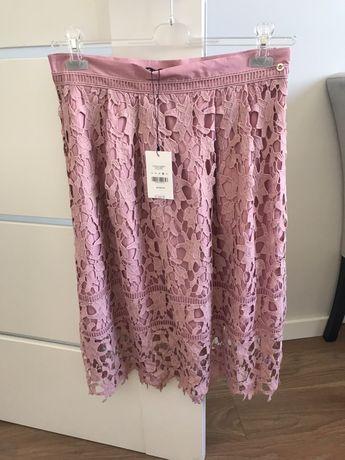 Koronkowa różowa spódnica Top Secret