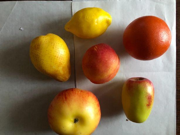 Муляжі фруктів . Високоподібні до натуральних .Набір