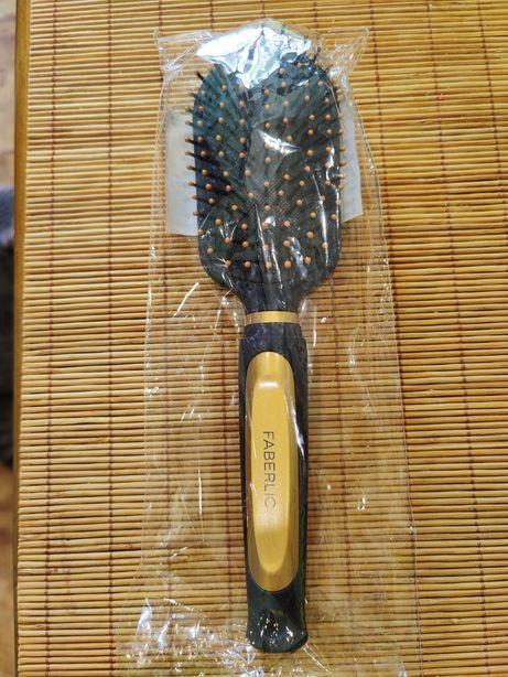 Расчёска массажная Faberlic