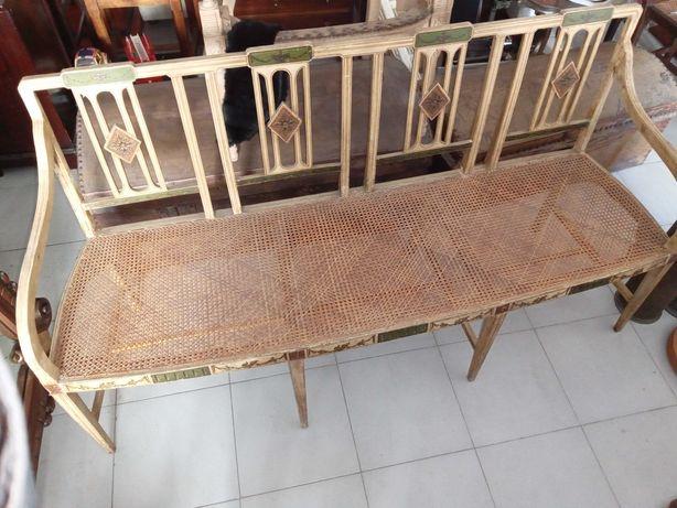 Canapé D.Maria com palhinha