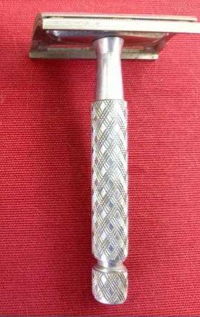 Máquina de barbear Gillette made in England em bom estado a funcionar