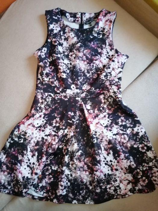Sukienka z pianki 40 Brzeszcze - image 1