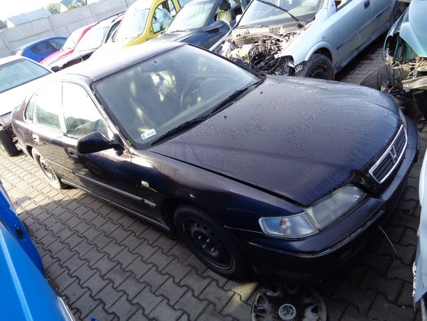 Honda Accord V Lift Maska NG2A