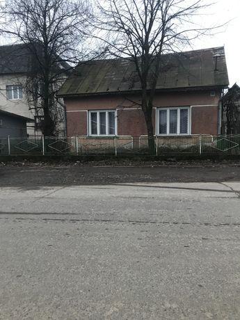 Будинок в центрі Сокирниці