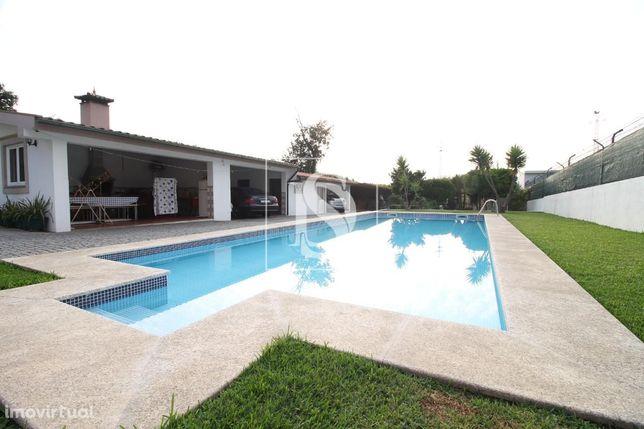 Moradia T3 c/ piscina em Tamel S. Veríssimo
