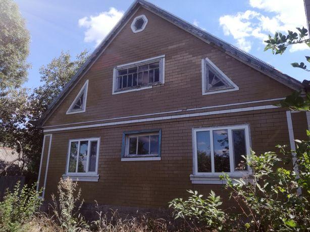 Продам двохповерховий  дом