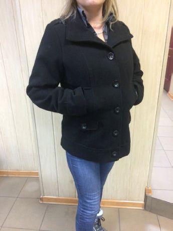 Продам пальто, размер 14