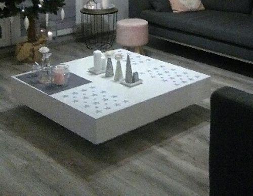 Biały stolik kawowy stół do salonu
