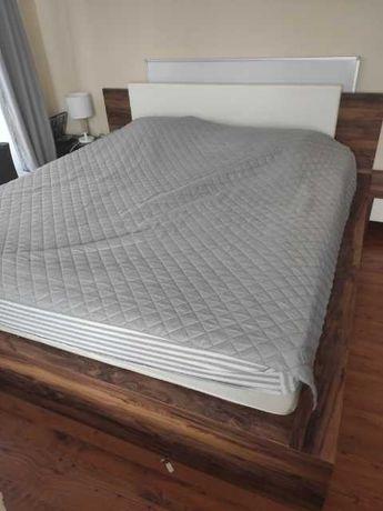 sprzedam łóżko sypialniane oraz szafki
