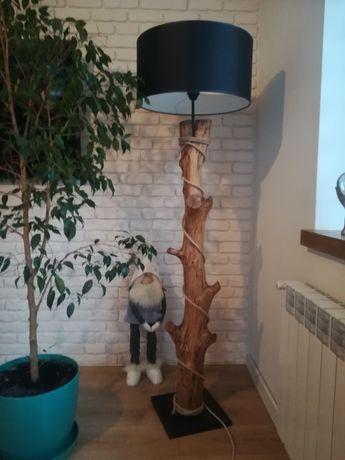Lampa dębowa niepotarzalna