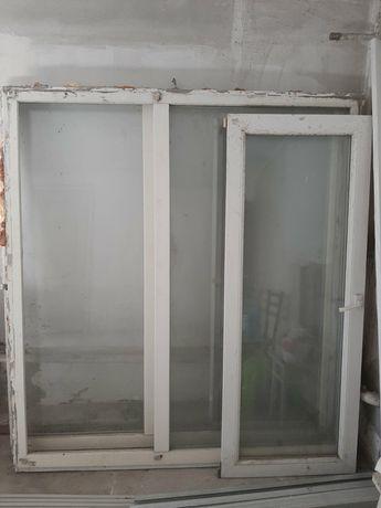 Продам два металопластиковых окна