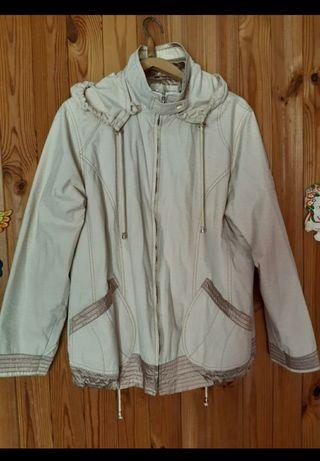 Курточка ветровка женщине