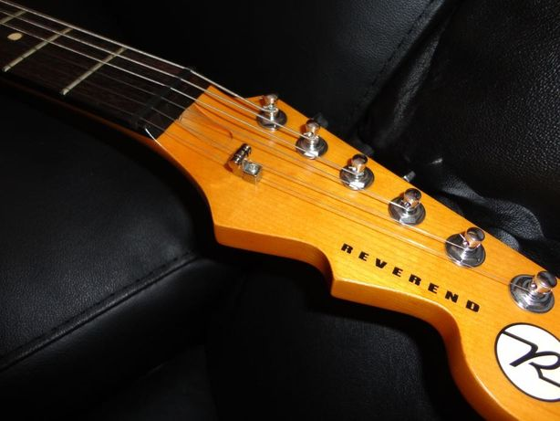 Guitarra Reverend Club