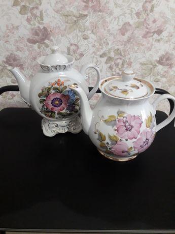 Винтажные чайник и чашка . Кремгэсовский фарфор.