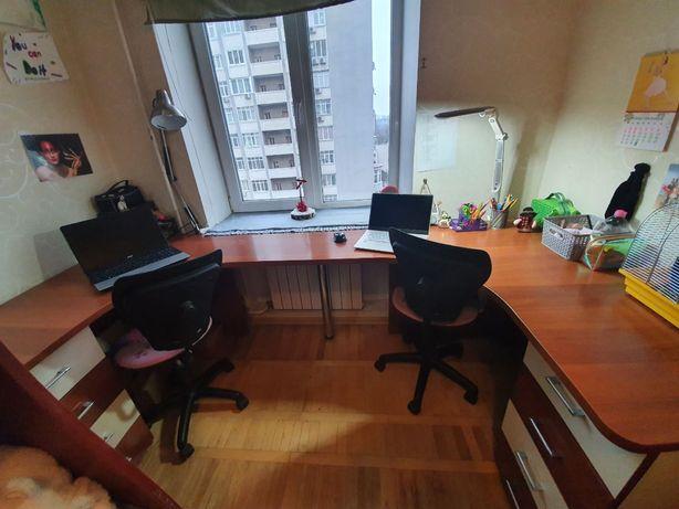 Стол письменный на два рабочих места