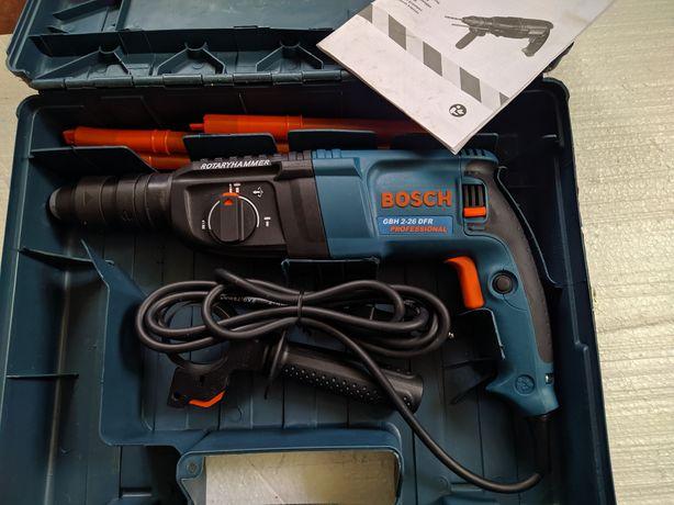 Перфоратор Bosch GBH 2-26 DRE Professional в чемодані