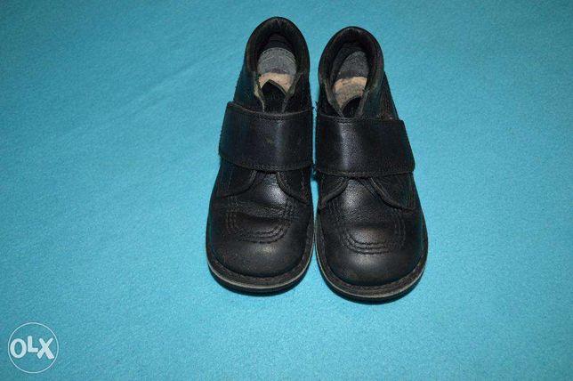 продам ботиночки Kickers на мальчика стелька 16 см