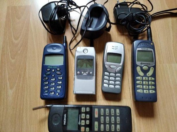 sprzedam komplet zabytkowych telefonów komórkowych