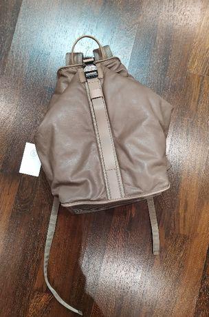 Новый, кожаный рюкзак Bogner тауп Made in Italy подходит для ноутбука