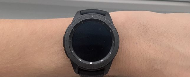 Смарт часы Samsung Galaxy Watch r810 42mm