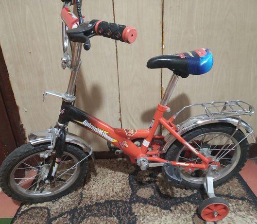 Детский велосипед с Маквином! Срочно!