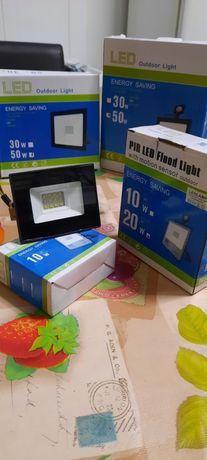 Focos projetor Led de 10w a 100w energy saving outdoor c/s sensor