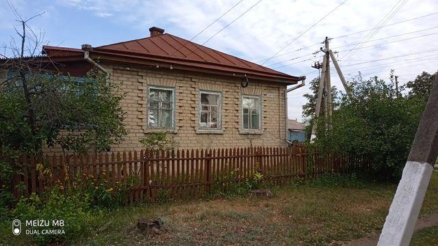 Продам кирпичний дом
