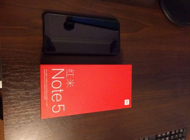 Телефон Xiaomi Redmi Note 5 4/64Gb