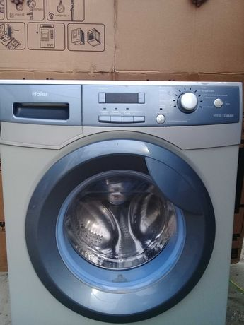Продам стиральную машину Haier.