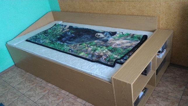 Duże łóżko 264cm x 124cm + materac dwustronny zima/lato 240cm x 120cm