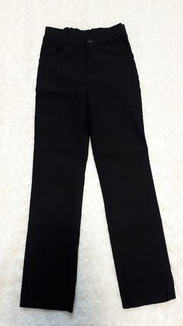 Стрейчевые джинсы на мальчика 122 см 128 см