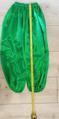 Вышиванка, зеленые шаровары