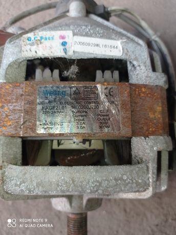 Двигатель на стиральную машину indesit wisl83
