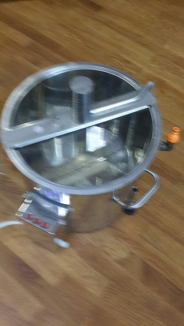 Сыроварня 30 литров, с мешалкой и крышкой