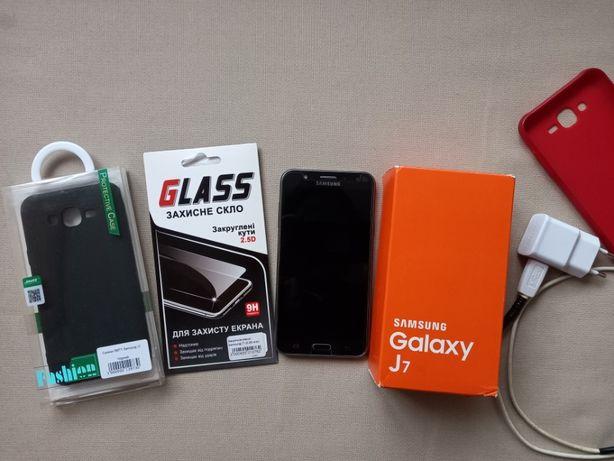 Телефон Samsung J7 16 GB