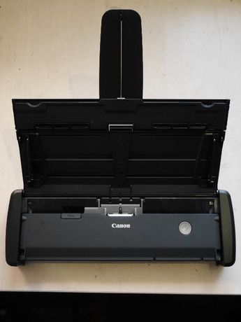 Потоковый протяжный сканер документов Canon P-215 imageFORMULA