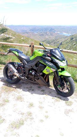 Kawasaki  Z1000 top