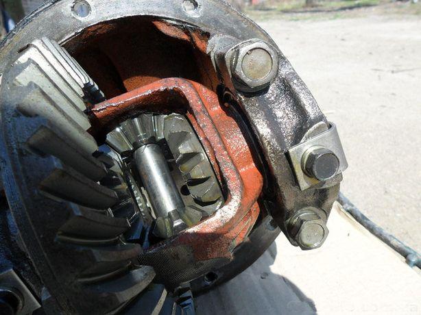 редуктор москвич 412 ИЖ АЗЛК 2140 разные передаточные хранение