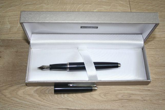 Pióro i komplet długopisów