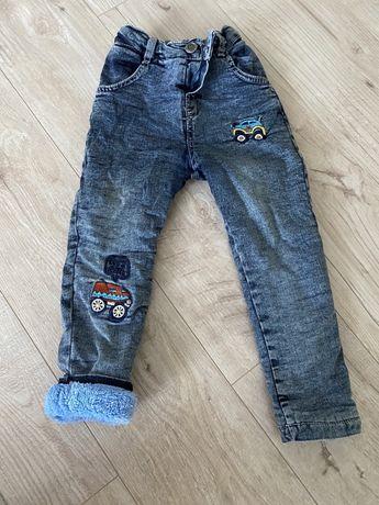 Теплые утепленные зимние на травке меху джинсы на мальчика
