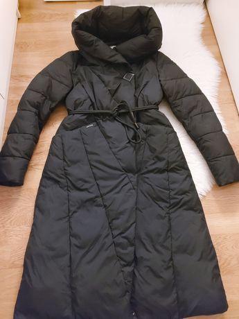 Продам зимову жіночу куртку