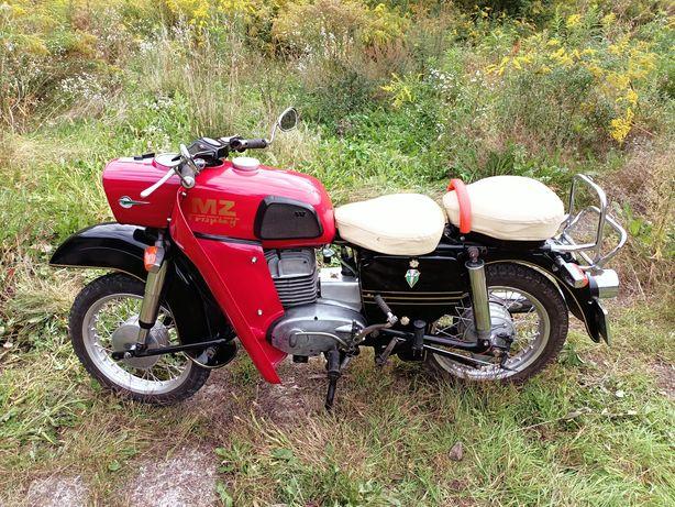 Motocykl MZ TROPHY ES 250/2