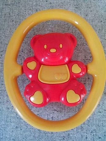 Игрушка - погремушка медвежонок.