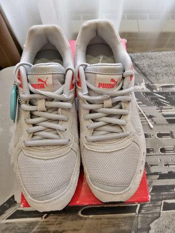 Новые кроссовки Пума