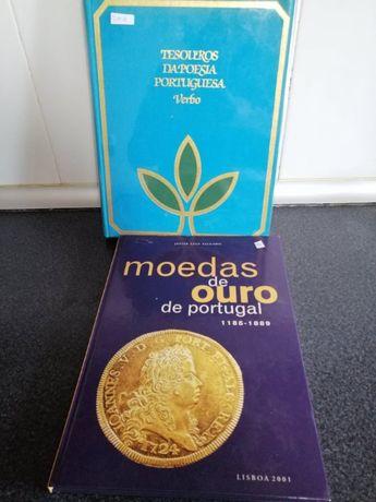 Livro de moedas de ouro e livro de poesia portuguesa