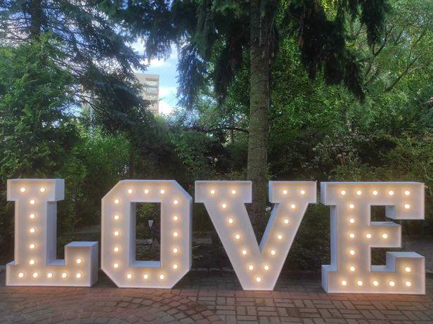 Napisy LED: Love, Miłość
