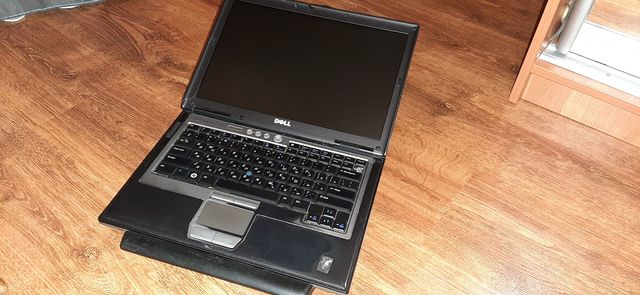 Ноутбук Dell d630