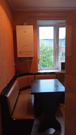 Здається кімната для дівчини , 2000грн.+ ком.послуги.