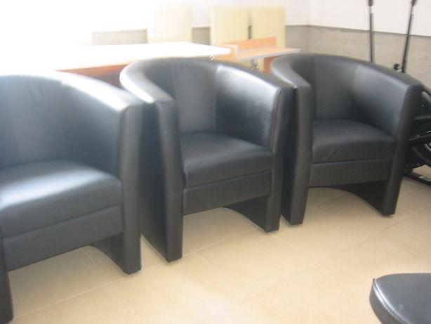 Fotele czarne ekoskóra transport