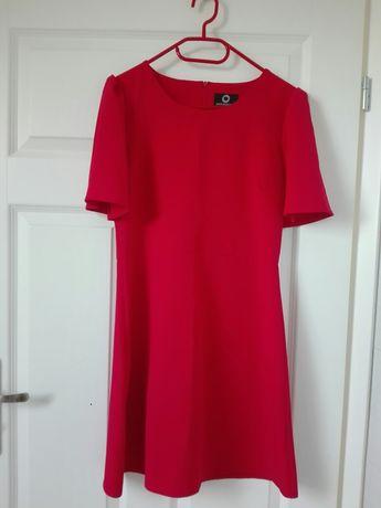 Czerwona sukienka idealna na święta rozmiar 34 Macadamia